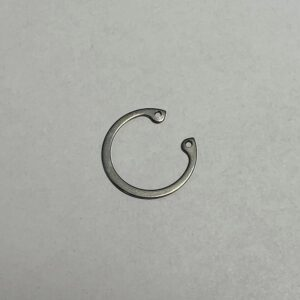 Retaining ring for hole